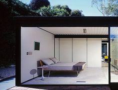 Pierre Koenig's Case Study House No. 22 (1960) in Los Angeles