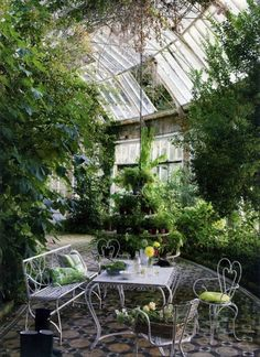Eye For Design: Decorating Conservatories And Garden Rooms.........Back By…
