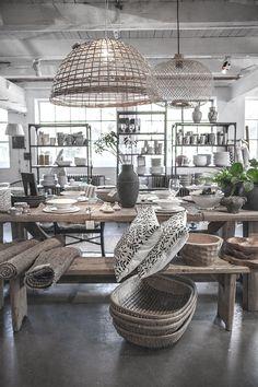 ★ L' Etoile | Retail
