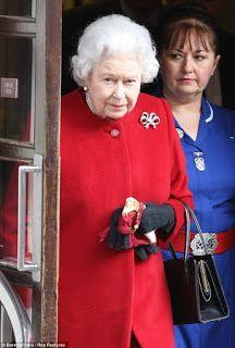 El ojo que todo lo ve: La Reina Isabel II ¿Curioso?