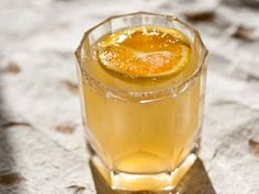 19 Lazy Whiskey Drinks That Are Bae