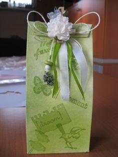 kado verpakking met snoepjes erin