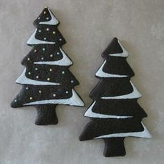 Christmas Trees - Chocolate Sugar Cookies By Emily Fager - beautifully decorated Christmas Tree Chocolates, Christmas Tree Cookies, Christmas Chocolate, Christmas Sweets, Christmas Cooking, Christmas Goodies, Holiday Cookies, Gingerbread Cookies, White Christmas