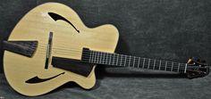 Eastman Pagelli PG-2 12823 Blonde > Guitars : Archtop Electric & Acoustic - Guitars n Jazz