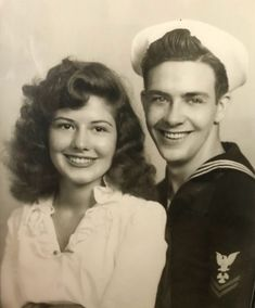 Vintage Photo of a young sailor and his pretty lady. Stunning Hair on the woman. The owner of the photos, grandparents sitting for a portrait in the early Vintage Photo Booths, Photo Vintage, Vintage Love, Vintage Ads, Romance Vintage, Vintage Beauty, Old Pictures, Vintage Pictures, Old Photos