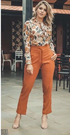 Arya Sp Western Wholesale Top and Pants Classy Outfits, Chic Outfits, Fashion Outfits, Womens Fashion, Summer Outfits, Fashion Over 50, Work Fashion, Orange Pants Outfit, Casual Chic