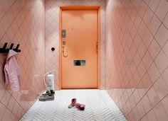 Stockholm apartment by Tekla Evelina Severin http://www.sightunseen.com/2016/01/scandinavian-home-tour-daniel-heckscher-note-design-studio/