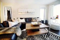 I could totally get this look with our couch.  Great home featured on Danielle Oakley Interiors.