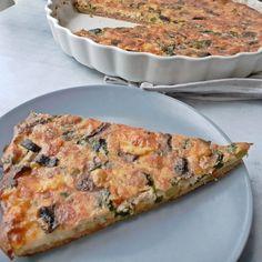 Teljes kiőrlésű zöldséges quiche | Stop Sugár l ejtsd kis Quiches, Veggie Recipes, Healthy Recipes, Light Recipes, Healthy Life, Paleo, Food And Drink, Low Carb, Vegan
