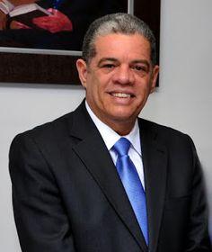 Armario de Noticias: Ministro de Educación anuncia  aumento salarial pa...