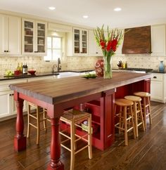 9 ideas & pictures to create an oasis of your kitchen island