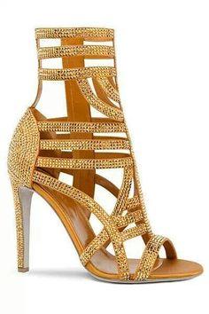 ƱɳỈϑҽƦʂσ ƒҽɱỈɳỈɳσ...  #sergiorossi #sandals