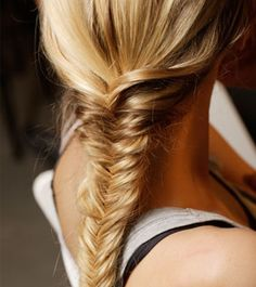 7 Pretty And Practical Gym Hairstyles | Dailymakeover