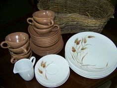 Wheat dishes (Texas Ware)