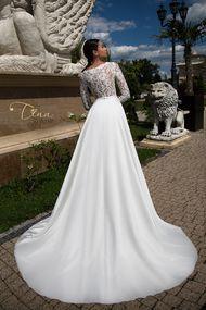 beautiful wedding dress Carmen - Tina Valerdi 2017