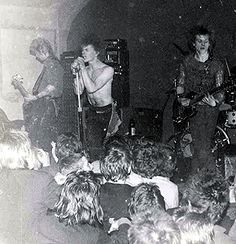 Discharge, c. '78 - Stylistic Influence