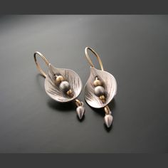 Leaf Shield Earrings — Ai Jewelry