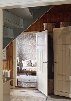 Swedish Interiors, Scandinavian Interior, Sweden House, Home On The Range, Home Office Decor, Home Decor, Home Fashion, My Dream Home, Beautiful Homes