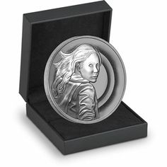 Doctor Who Silver Series: Amy  £20.00        Was £54.50 - Save £34.50!      A must have for any Doctor Who fan      Limited edition of 5,000 medals      Only available to UK customers