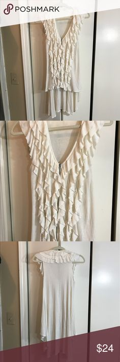 Adorable cream tunic top Ruffles for days, this is so cute, can be worn as a top or unzipped as a great layer piece, great condition Mystree Tops Tunics