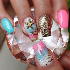 Now give a new look to your nails by applying the summer season nail art, you can draw palm trees, grass, beach, land, watermelon, ocean, sun, birds, ice-cream, Fabulous Nails, Perfect Nails, Gorgeous Nails, Pretty Nails, Beach Nail Art, Beach Nail Designs, Nail Art Designs, Cruise Nails, Vacation Nails