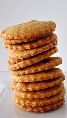 Homemade Cheddar Crackers Recipe ~ Says: These crackers should come with a warning label: Highly Addictive. Don't start eating these unless you are prepared to eat the lot... Savory, flaky, buttery, cheesy melt in your mouth goodness!
