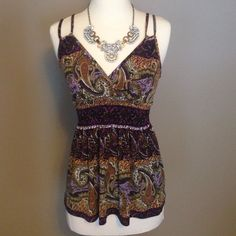 Pretty Paisley Top Cinches at waist. Pretty straps. Wrinkle free material. Like new. Tops