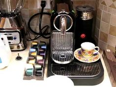 How to Make a #Coffee Latte with the #Nespresso CitiZ Machine?