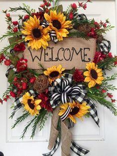 Summer or Fall Sunflower Burlap Mesh Wreath by WilliamsFloral on Etsy Wreath Crafts, Diy Wreath, Wreath Ideas, Tulle Wreath, Wreath Making, Deco Mesh Wreaths, Holiday Wreaths, Burlap Wreaths, Winter Wreaths