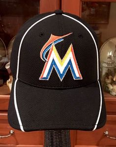 c071c38838c Miami Marlins Hat NEW ERA Fitted MLB Baseball 39THIRTY Cap Small Medium