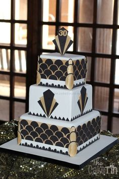 My client ordered this cake for her husband's Birthday. The original desi… - Birthday Cake Fruit Ideen Art Deco Cake, Cake Art, 1920s Cake, Great Gatsby Cake, Gatsby Themed Party, 30 Birthday Cake, Gold Birthday, 1920s Party, Art Deco Wedding