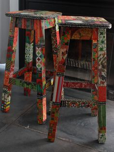 BANQUETAS 75cm de altura Funky Painted Furniture, Cool Furniture, Furniture Ideas, Decoupage, Wooden Projects, Bar Stools, Decoration, Household, Sweet Home