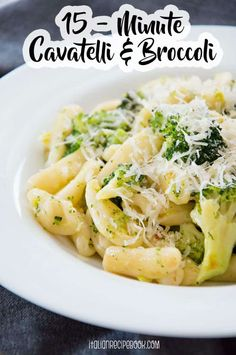 Cavatelli with broccoli is one of those magic pasta dishes that is hard to beat, both in flavor and in preparation time. Ready in 15 minutes flat! Broccoli Recipes, Pasta Recipes, Dinner Recipes, Broccoli Pasta, Cavatelli Pasta Recipe, Vegetarian Recipes, Healthy Recipes, Simple Recipes, Vegetarische Rezepte