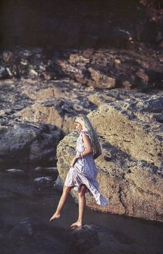 Shooting on Film For East Clothing — Olivia Bossert Photography Instagram Tips, Instagram Feed, Instagram Images, Lifestyle Photography, Fashion Photography, East Clothing, Ibiza Beach, Boho Life, Shoot Film