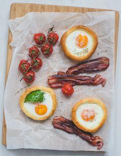 EI-TAARTJES. Met deze ei-taartjes wordt je volgende ontbijt, brunch of lunch een écht feest! Omelet, Avocado Egg, Brunch, Eggs, Breakfast, Foodies, Omelette, Egg, Omelettes