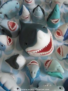 Im not sure if this should go under sharks or funny... yea definitely under finny!!