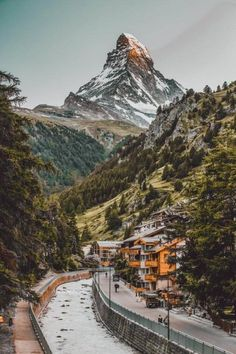 The 15 Prettiest Towns in Switzerland. Zermatt City and Matterhorn (One of the best places to ski in Switzerland. The 15 Prettiest Towns in Switzerland. If you are planning a road trip through Switzerland you HAVE to visit these 15 top places in Switzerland. They are incredible! See 14 others on www.avenlylane.com #avenlylanetravel #avenlylane #travelinspiration #travel #beautifulplaces #europe #switzerland #cheaptravel