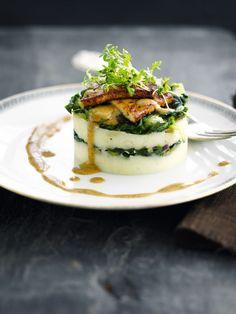 """Het lekkerste recept voor """"Torentje van tofu en andijvie"""" vind je bij njam! Ontdek nu meer dan duizenden smakelijke njam!-recepten voor alledaags kookplezier!"""