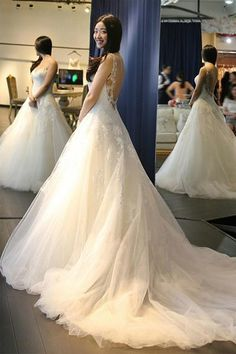 Elegant Scoop Neck Backless Wedding Dresses With Appliques-Pgmdress