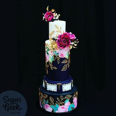 Beautiful cake. Pink gold rose navy. Gorgeous for a wedding. Photo from Artisan Cake Company