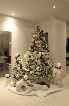 Rose Gold Christmas Decorations, Elegant Christmas Trees, Silver Christmas Tree, Classy Christmas, Christmas Tree Design, Christmas Tree Themes, Christmas Tree Inspiration, Farmhouse Christmas Decor, Farmhouse Decor