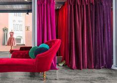 DIVA: Vellut ignifug per cortines i tapisseria. / Terciopelo ignifugo para cortinas y tapicería. English Decor, Kare Design, Merchandising Displays, Furniture Upholstery, Display Design, Fabric Decor, Interior And Exterior, Diva, This Is Us