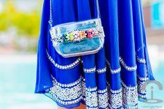 Vestido azul en Punta Cana - TFNC London Dress - Choies clutch