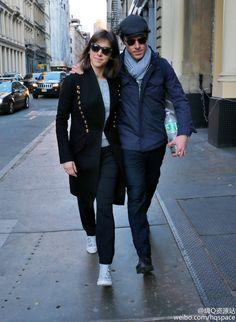 Sophie Hunter with husband Benedict Cumberbatch in New York #SophieHunter #Cumberbatch