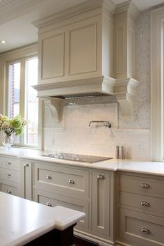 This is really pretty too, light gray cabinets with white subway tile backsplash. light gray kitchen cabinets and white counter for bathroom | mod-home.org
