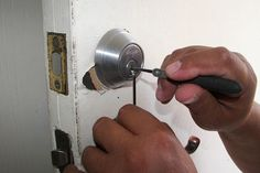 Looking for emergency automotive, commercial and residential locksmith services in Bartlesville, OK? OKC Locksmith Tulsa provides locksmith services in Bartlesville, OK. Just give us a call or request a free estimate today! 24 Hour Locksmith, Emergency Locksmith, Service A Domicile, Urban Survival Kit, Car Key Replacement, Automotive Locksmith, Auto Locksmith, Cool Lock, Locksmith Services