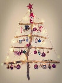 Diy Christmas Tree, Christmas Decorations, Christmas Ornaments, Holiday Decor, Recycled Art, Snowflakes, Easy Diy, Banner, Bulb