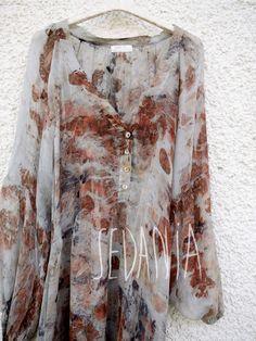 Vestido de seda teñido con tinte natural. por Sedaniatienda en Etsy