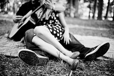 Engagement session love. @Sarah Chintomby Chintomby Hays this is perfect for you, with the guitar and all...