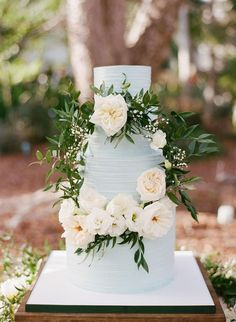 Romantic light blue wedding cake, white florals, leaves, garden wedding in Florida, pin to your own inspiration board // Jessica Lorren Organic Photography